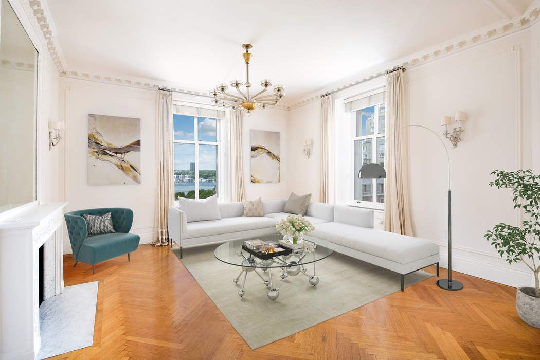 Apthorp Corner 4 Bed with River Views