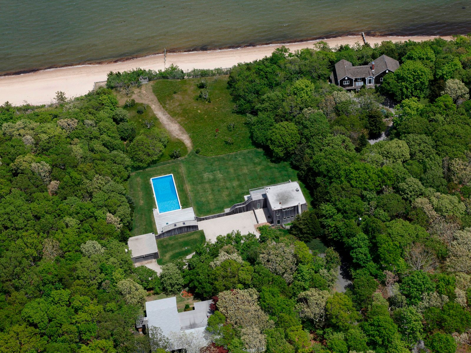 Modern Gem on Exquisite Waterfront, East Hampton NY Single Family Home - Hamptons Real Estate