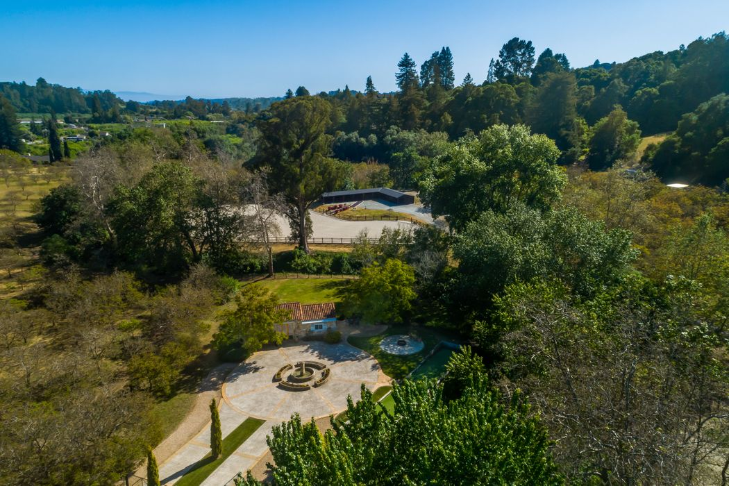 371 Browns Valley Road Corralitos, CA 95076