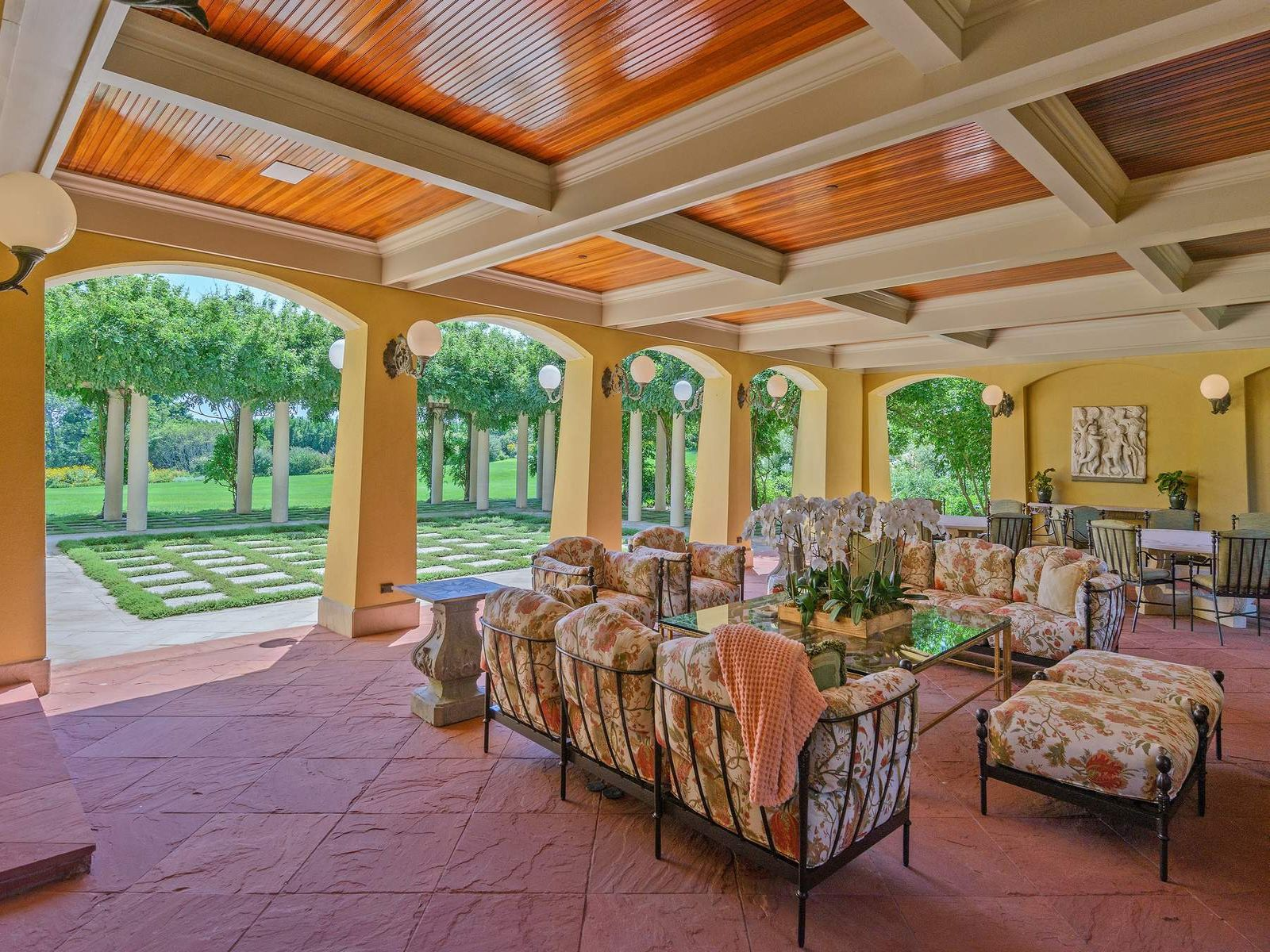 Unrivaled Private Estate On 60+/- Acres
