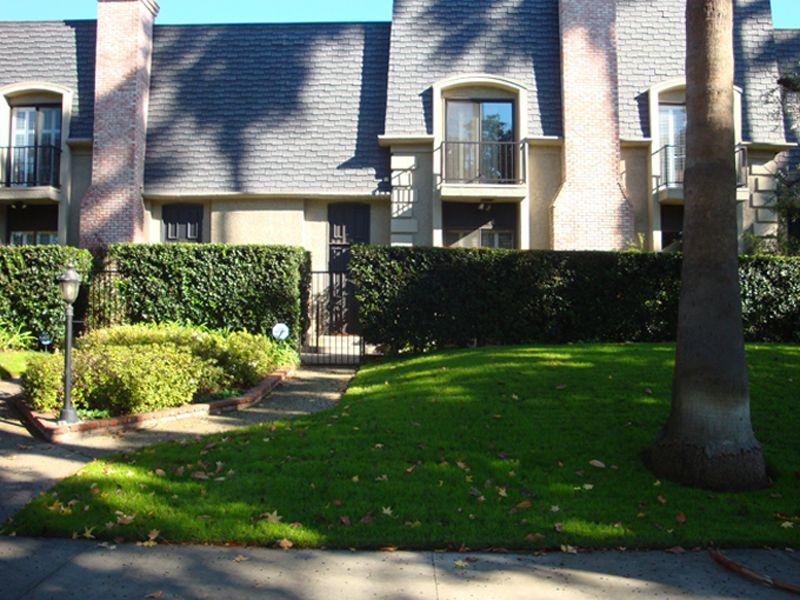 334 South Orange Grove Boulevard