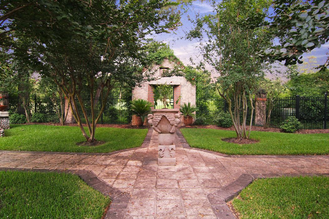 2511 Wild Wind Place The Woodlands, TX 77380