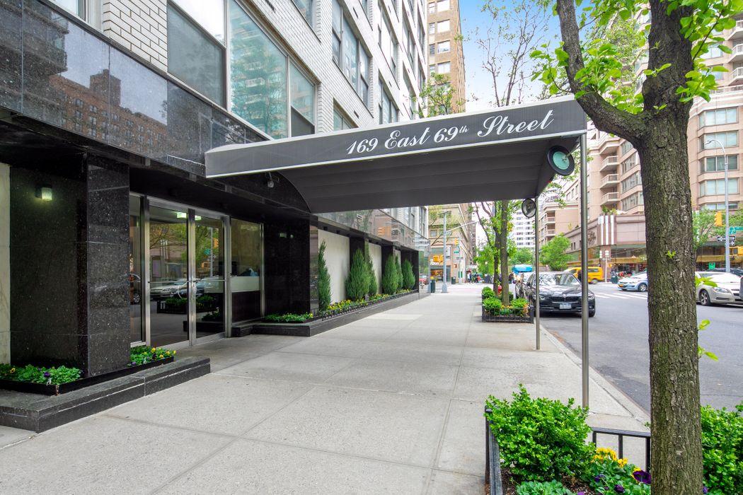 169 East 69th Street,2D New York, NY 10021
