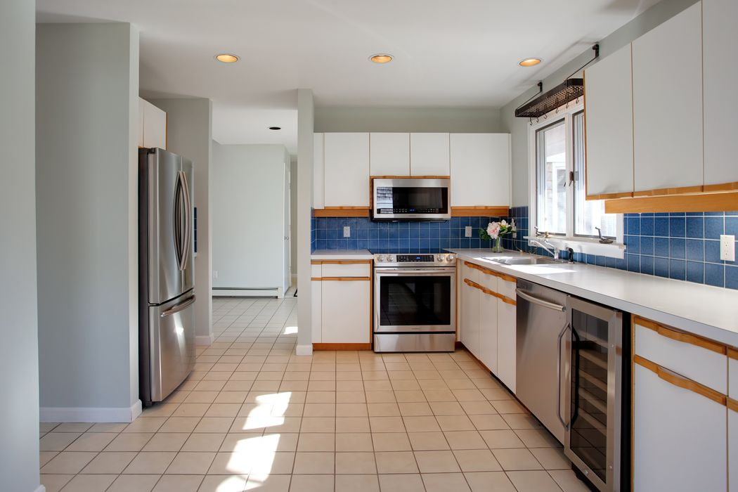 15 Cockle Way Brewster, MA 02631