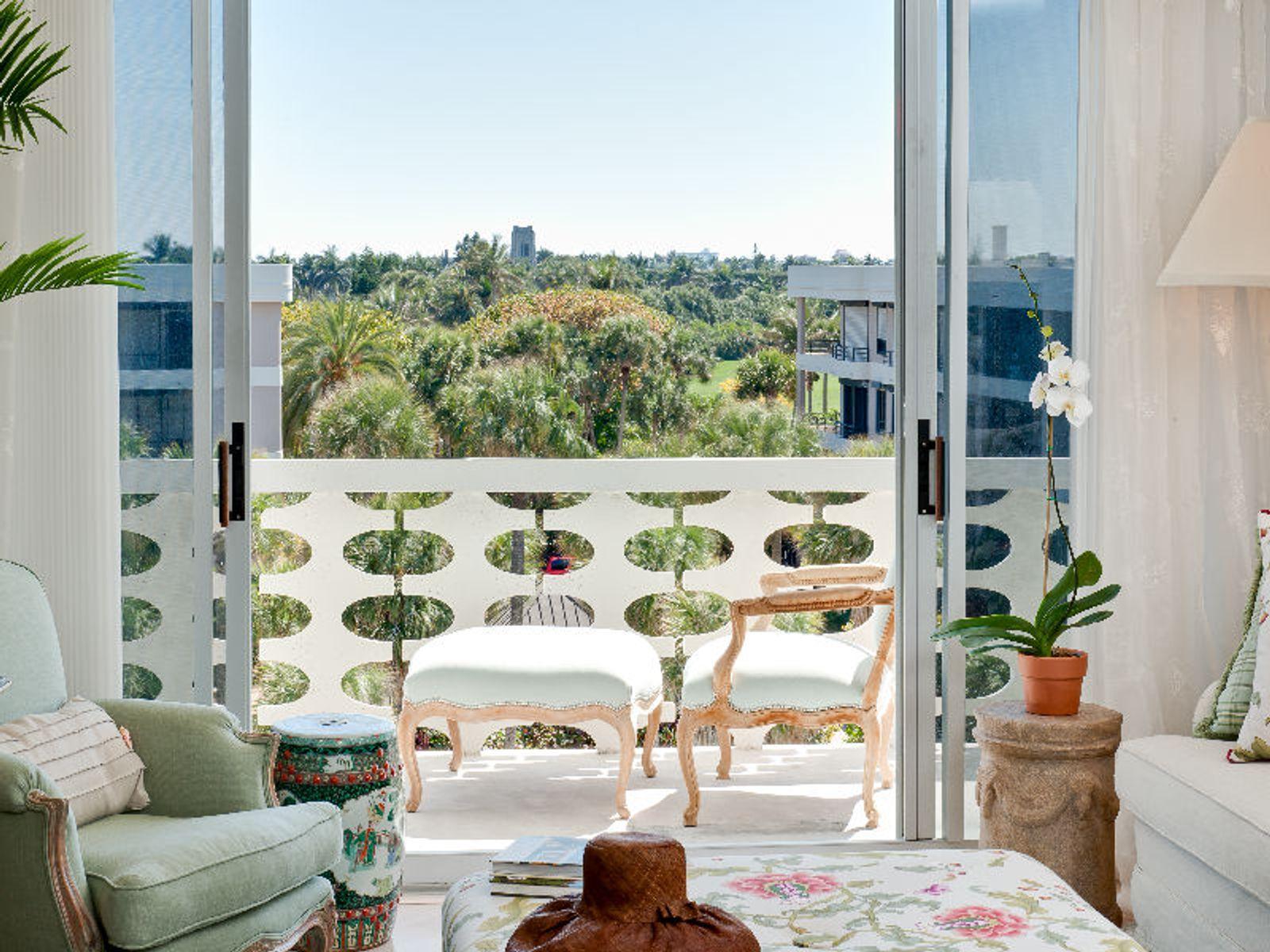 Spectacular Oceanfront Condominium
