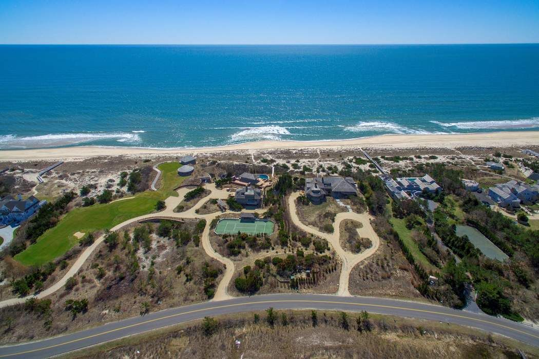 Meadow Lane Oceanfront Like No Other Southampton, NY 11968