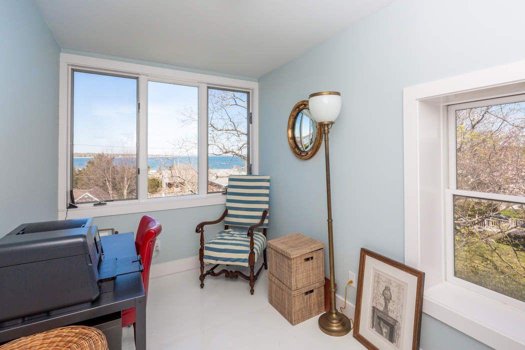 54 Cliff Drive Sag Harbor, NY 11963