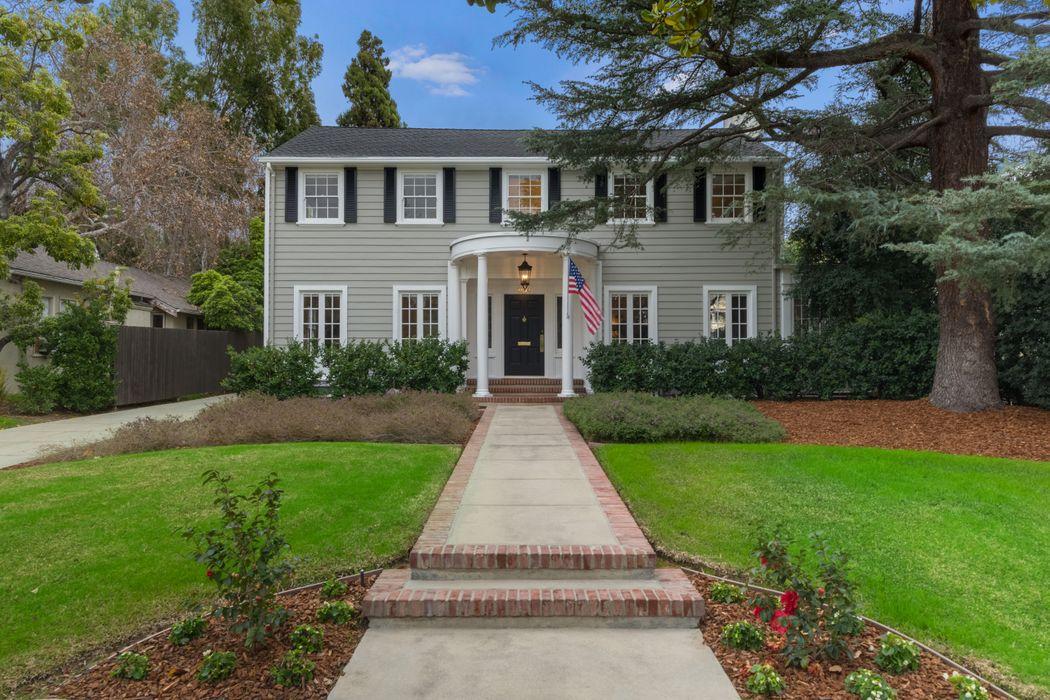 1154 South Oakland Avenue Pasadena, CA 91106