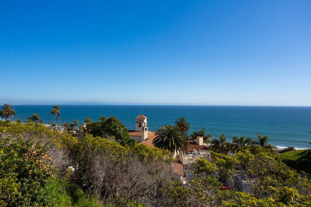 354 Arno Way Pacific Palisades, CA 90272