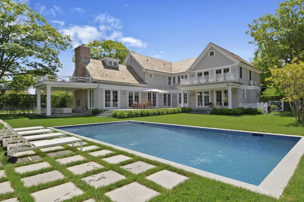 Fabulous Location in Bridgehampton Sagaponack, NY 11962