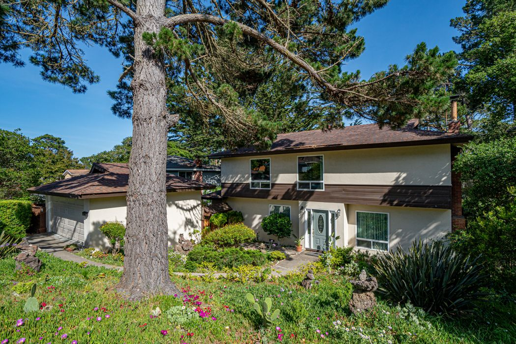 551 Dry Creek Road Monterey, CA 93940