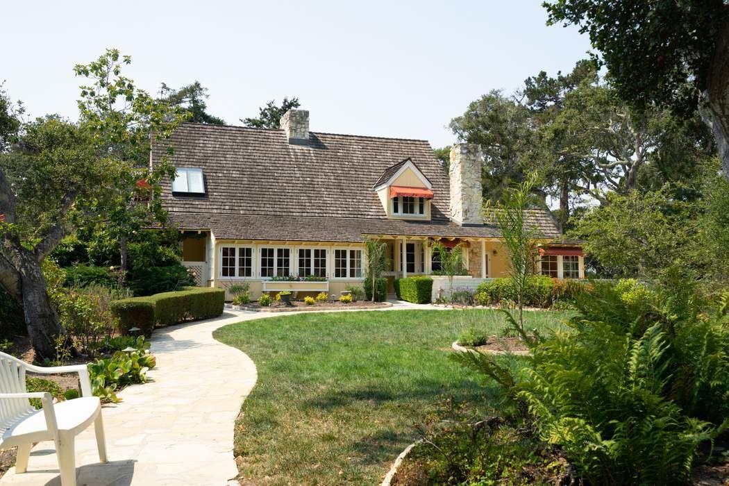 6730 Carmel Valley Road Carmel, CA 93923