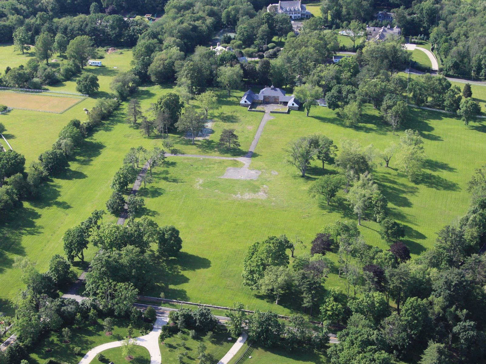 17 Acres at the Top of Round Hill Road, Greenwich CT Acreage / Lots - Greenwich Real Estate