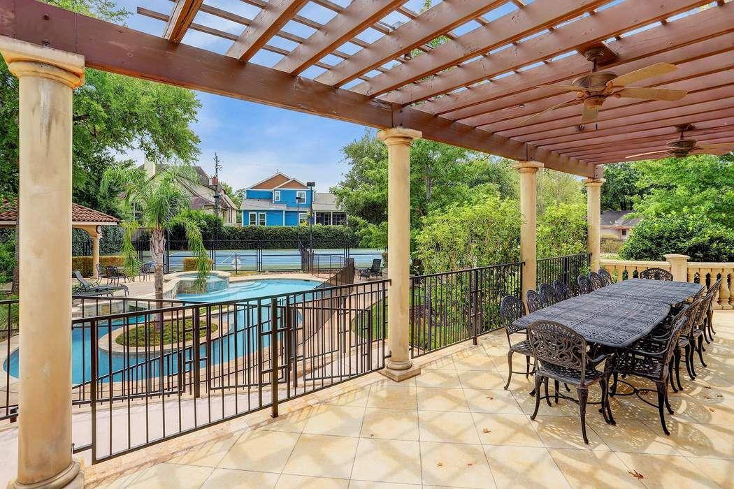 9203 Cliffwood Drive Houston, TX 77096