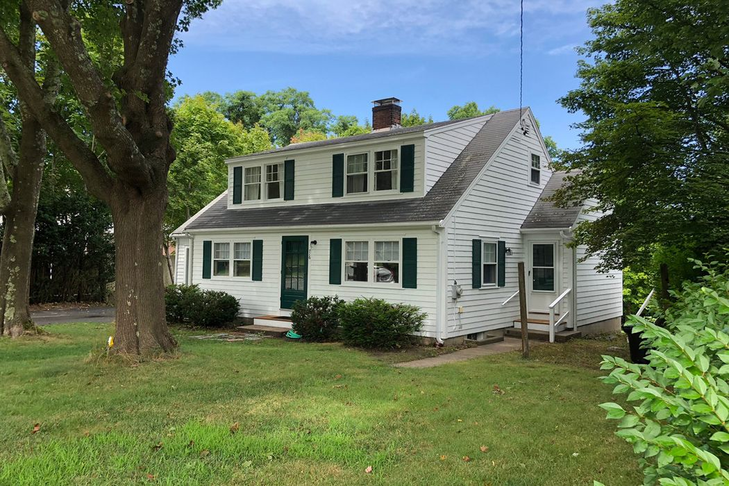 716 West Falmouth Highway, West Falmouth