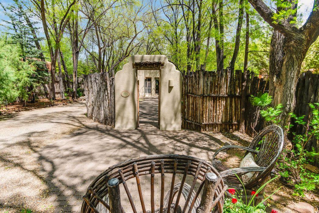 1149 E. Alameda Steet Santa Fe, NM 87501