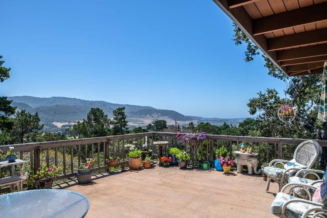 25527 Hacienda Place Carmel, CA 93923