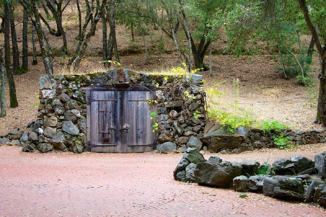 2460 Sage Canyon Rd Saint Helena, CA 94574