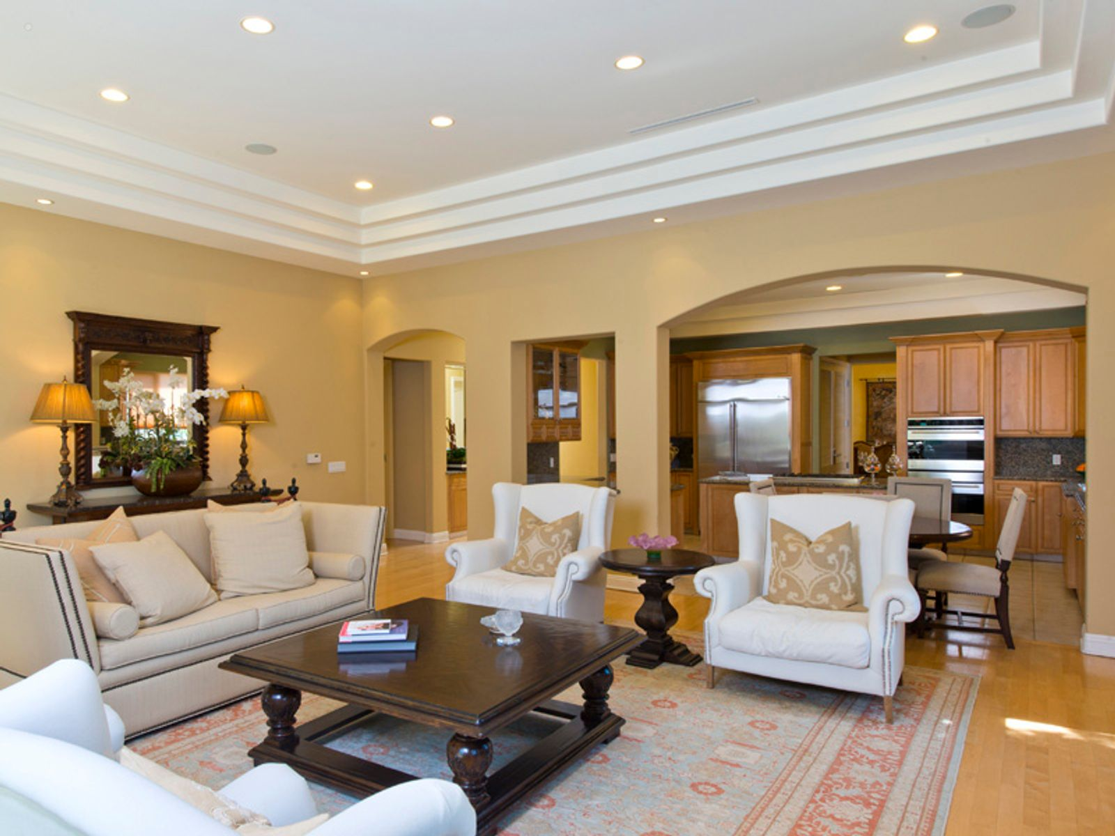 Elegant Home in Heart of Brentwood, Los Angeles CA Single Family Home - Los Angeles Real Estate