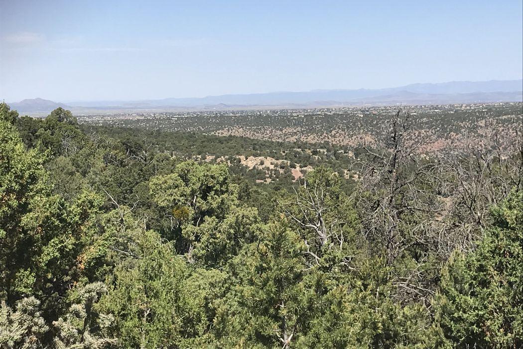 1 Gabaldon Lane Santa Fe, NM 87508