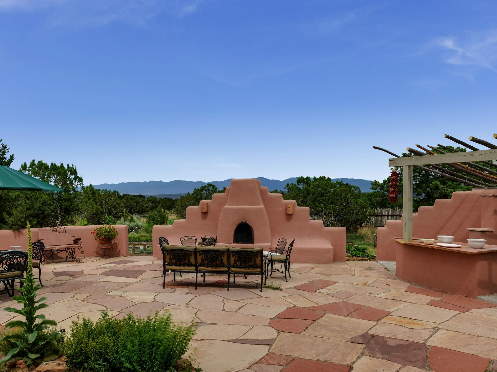 123 Monte Rey Drive North, Los Alamos NM Single Family Home - Santa Fe Real Estate