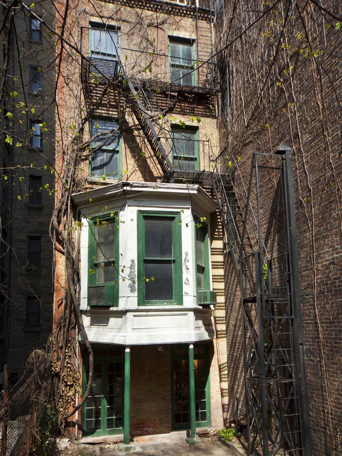 152 East 71st Street