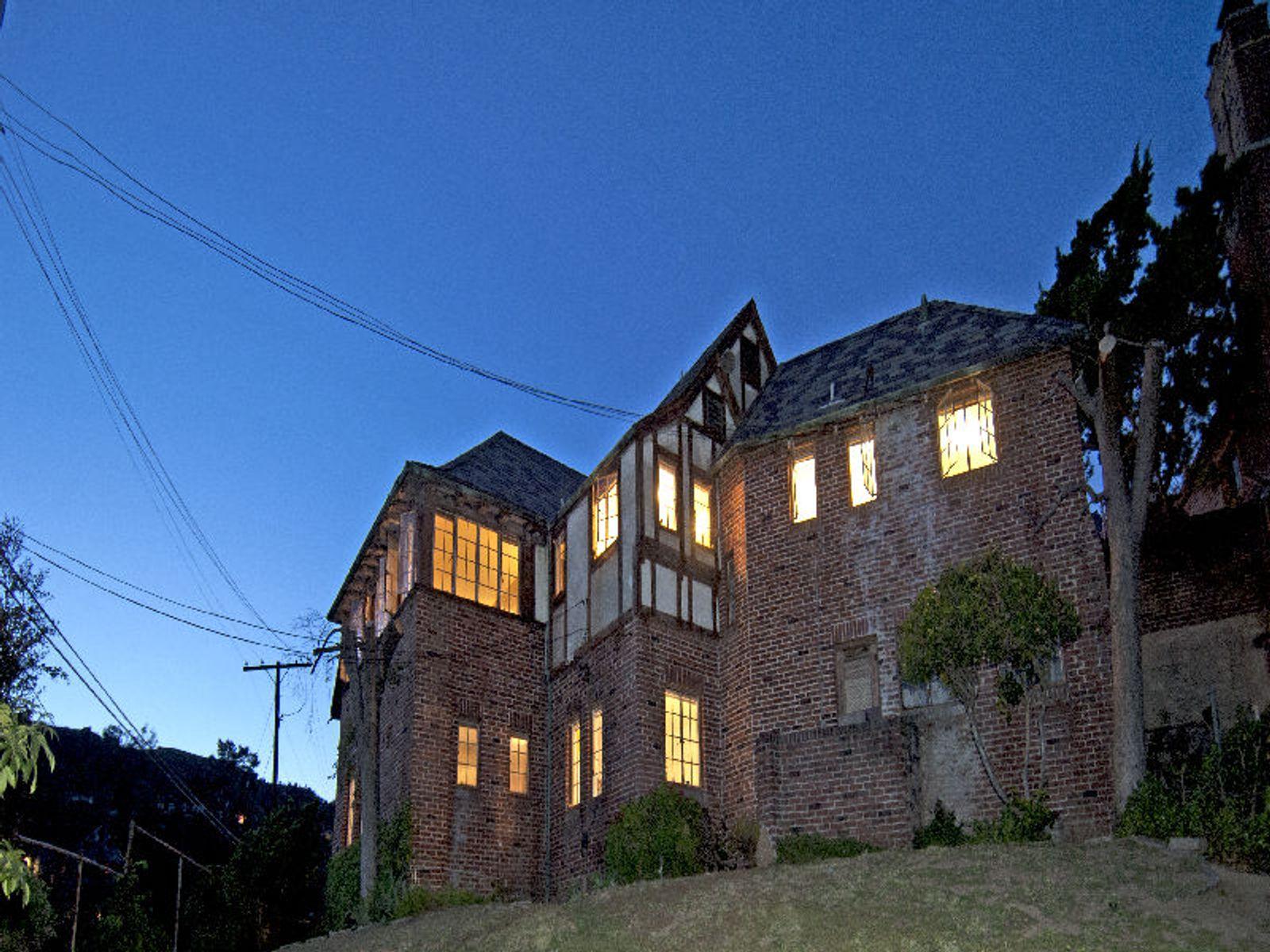 The Bela Lugosi Castle La Paloma