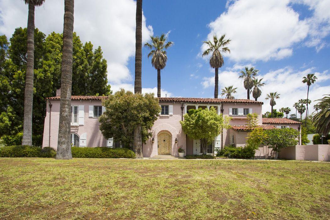 5321 Franklin Avenue Los Angeles, CA 90027