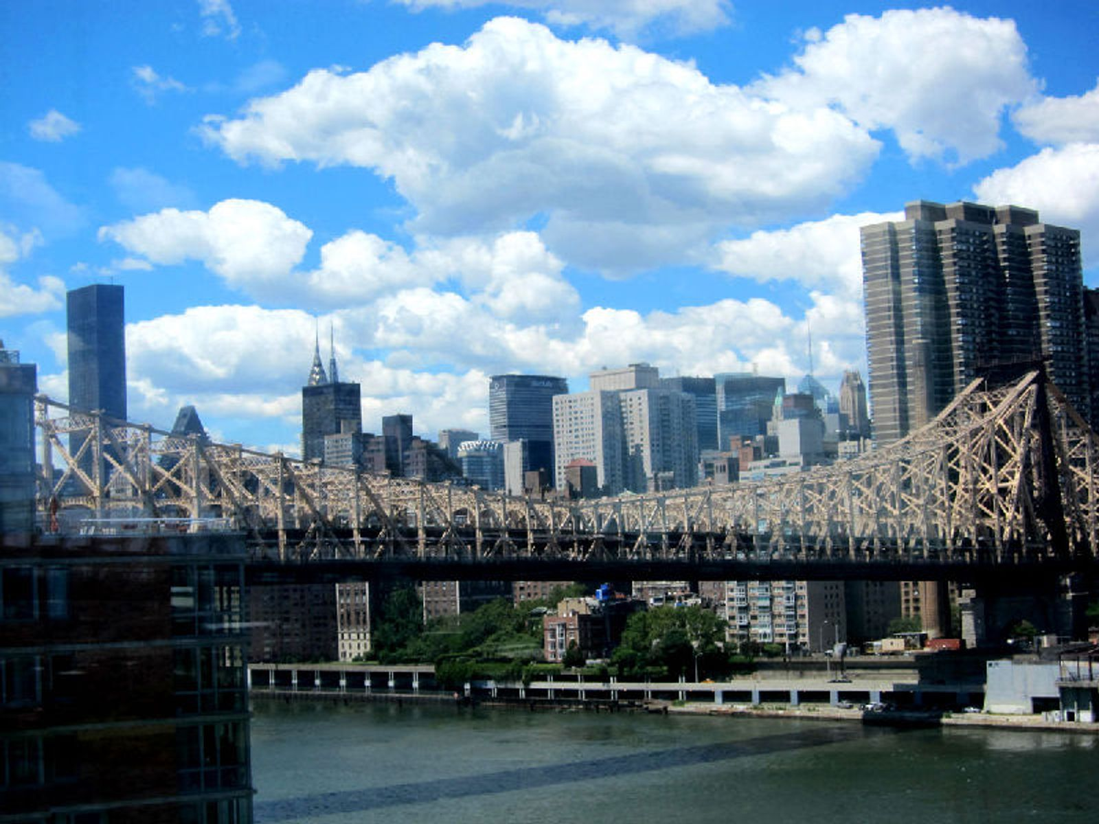Bridge View By Roosevelt Island