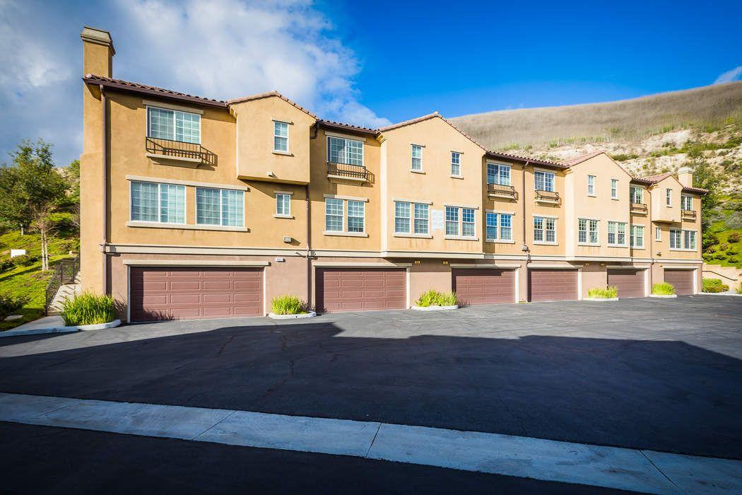 397 East Hilltop Way Thousand Oaks, CA 91362