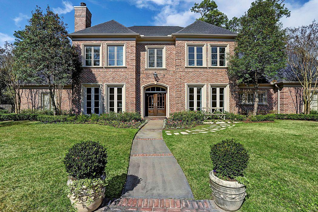 3 Blalock Pines Court Houston, TX 77024