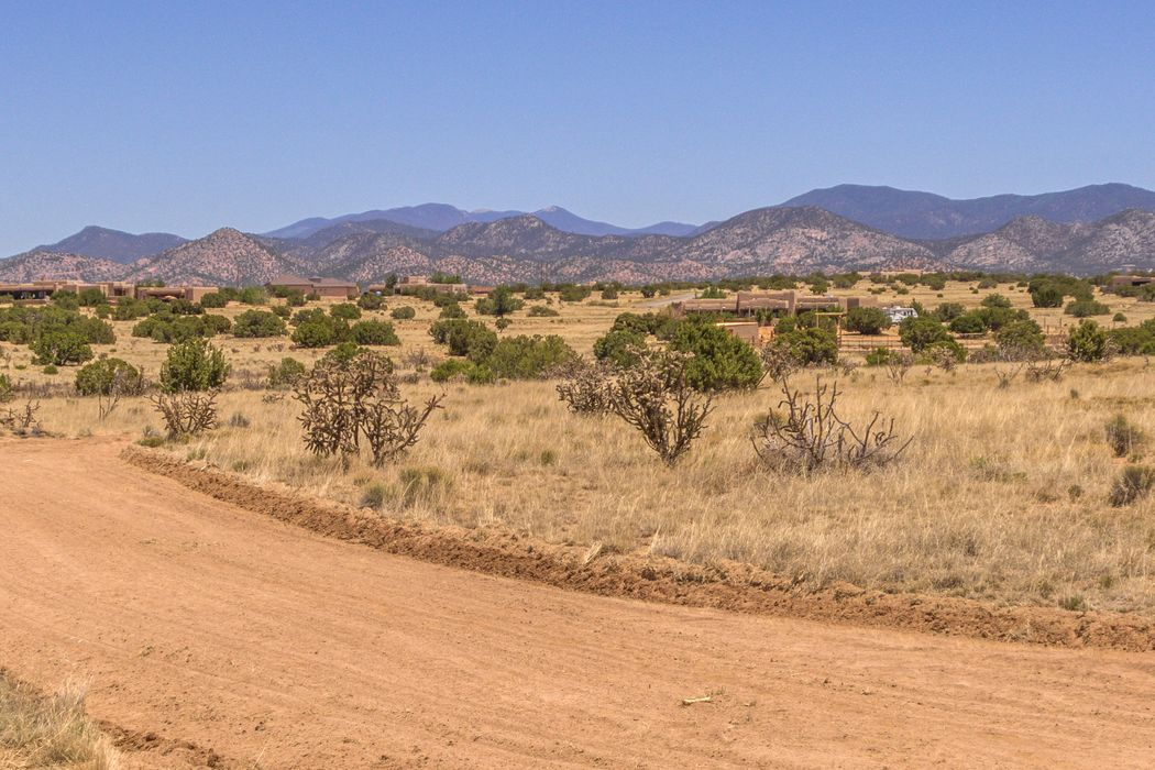 22 Colinas Del Sol Lamy, NM 87540