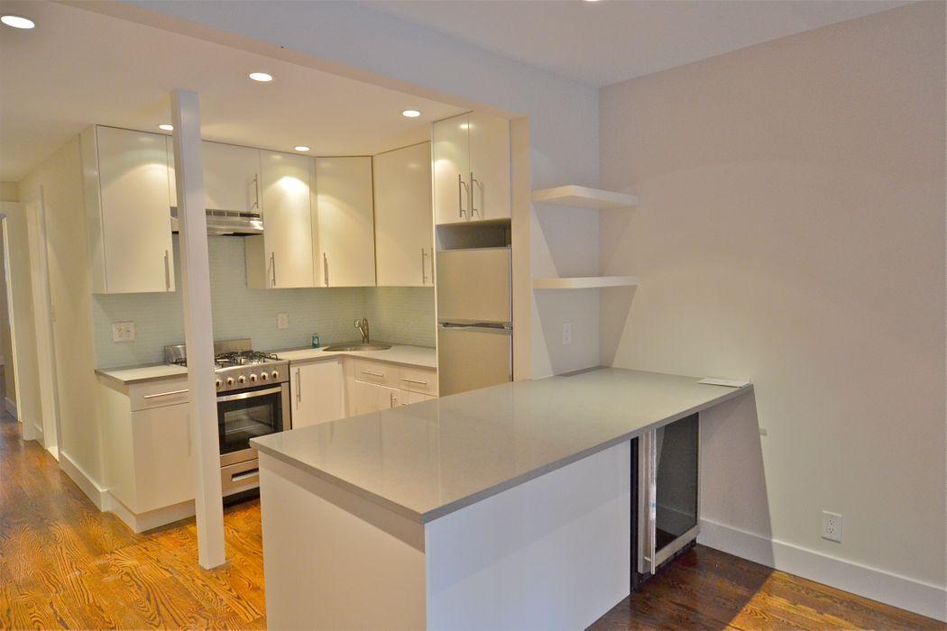 33 West 89th Street New York, NY 10024