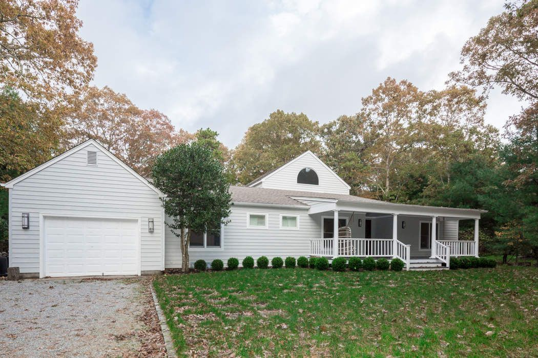East Hampton - Lovely Renovation East Hampton, NY 11937