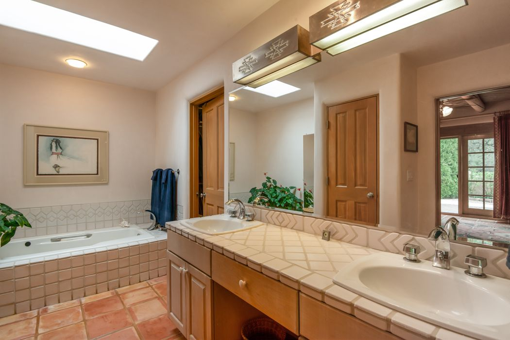 3101 Old Pecos Trail, Unit 909 Santa Fe, NM 87505
