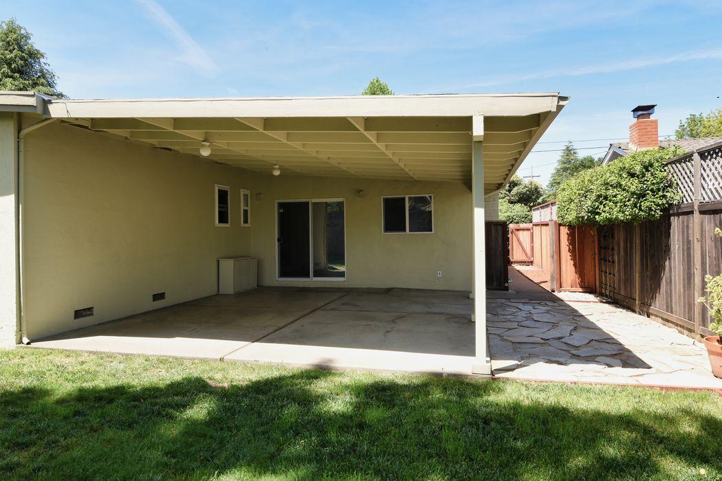 526 San Gabriel Dr Sonoma, CA 95476