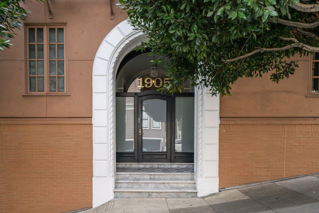 1905 Laguna St San Francisco, CA 94115