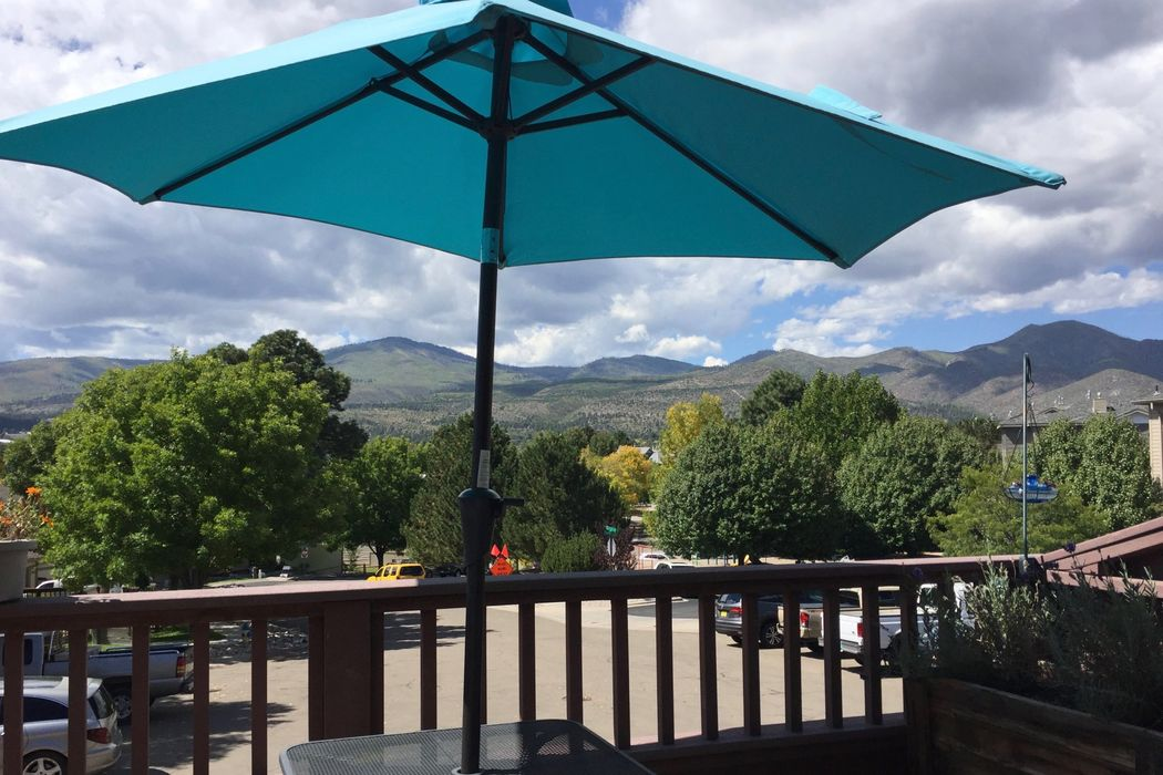 5 Loma Vista Los Alamos, NM 87544