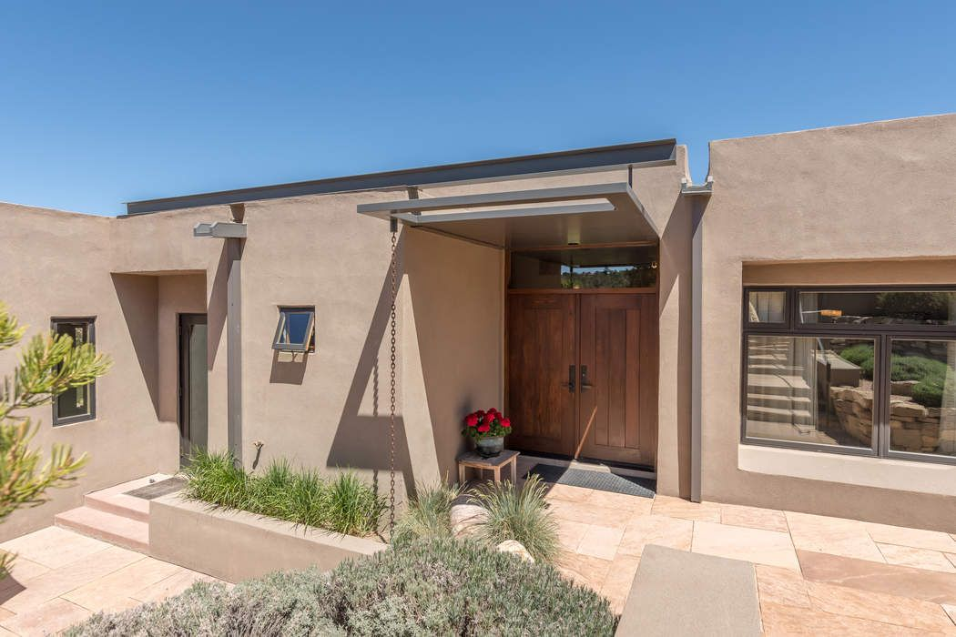 64 Lodge Trail Santa Fe, NM 87506