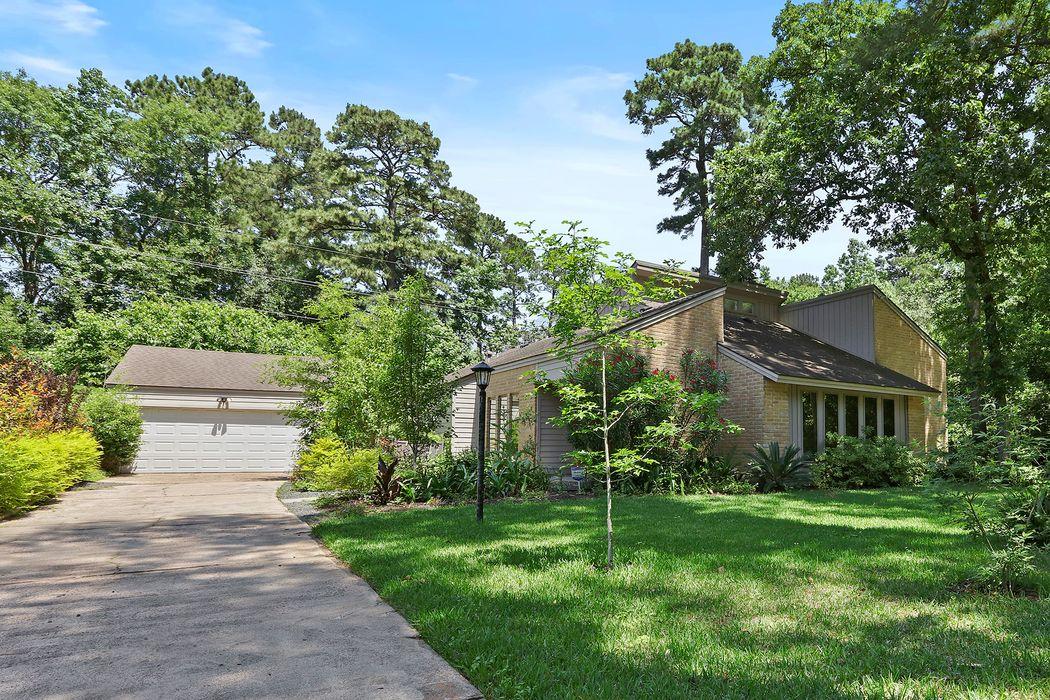 2023 Grove Lake Drive Houston, TX 77339