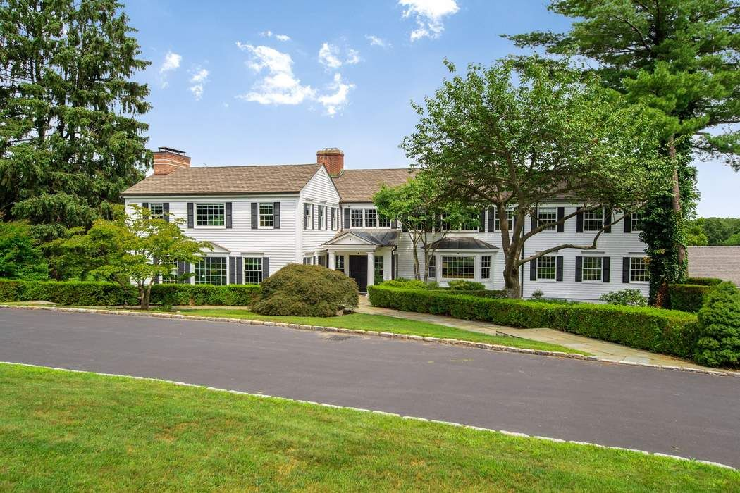 345 Round Hill Road Greenwich, CT 06831