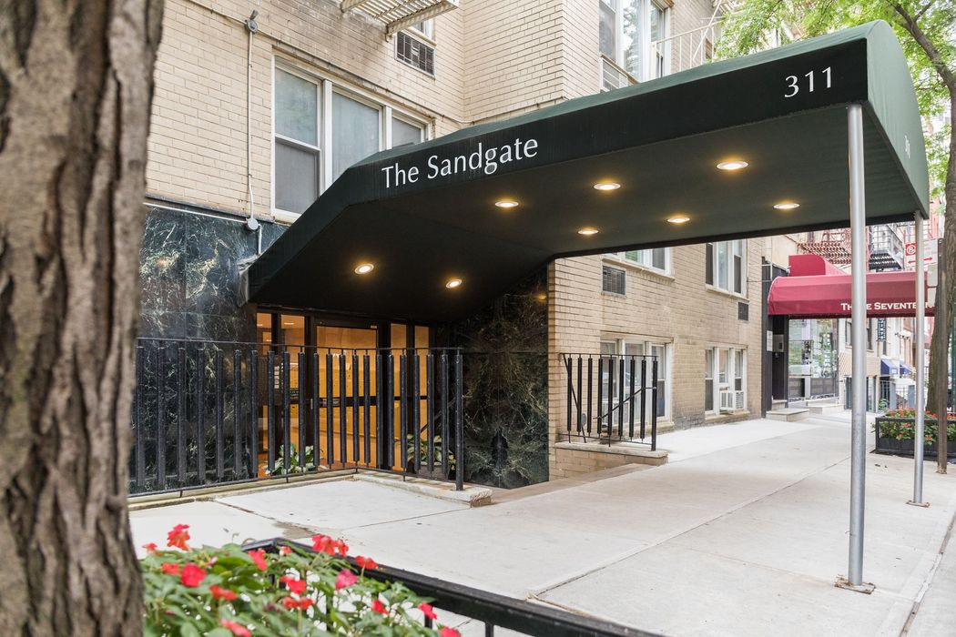 311 East 75th Street New York, NY 10021