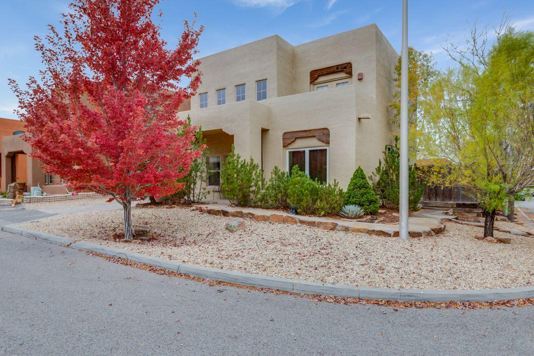 4300 Sierra Blanca Santa Fe, NM 87507