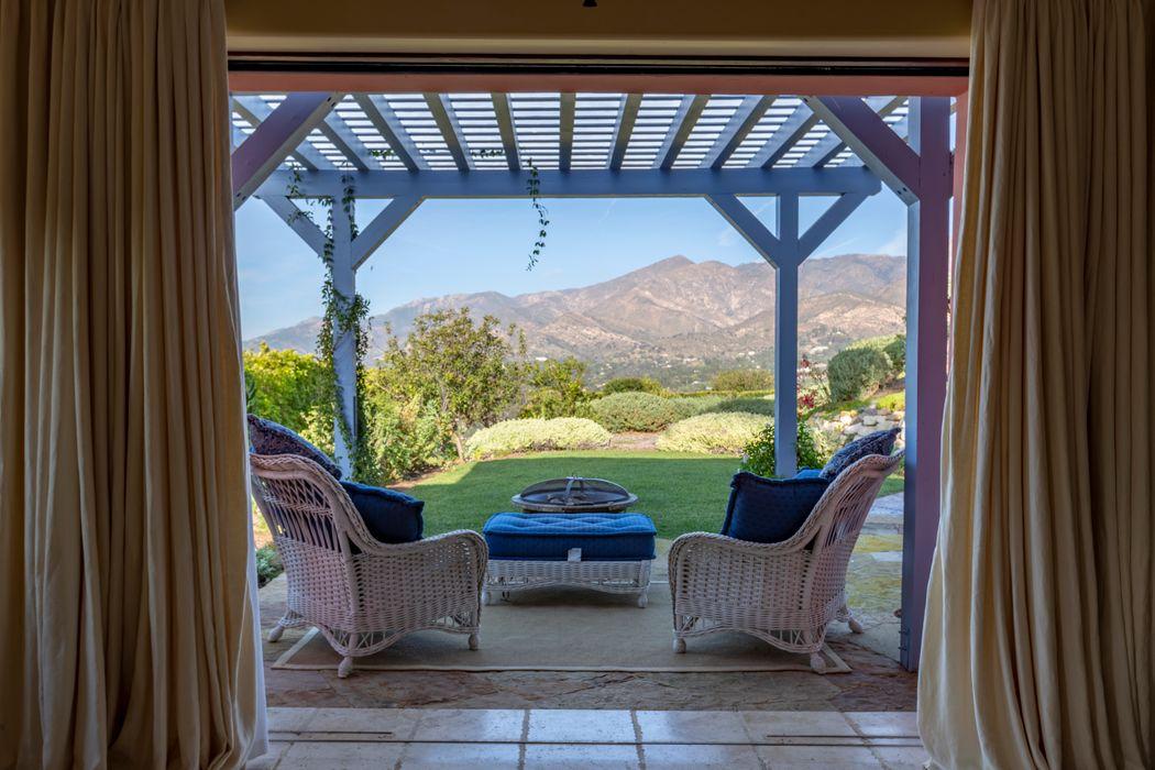 355 Ortega Ridge Rd Santa Barbara, CA 93108