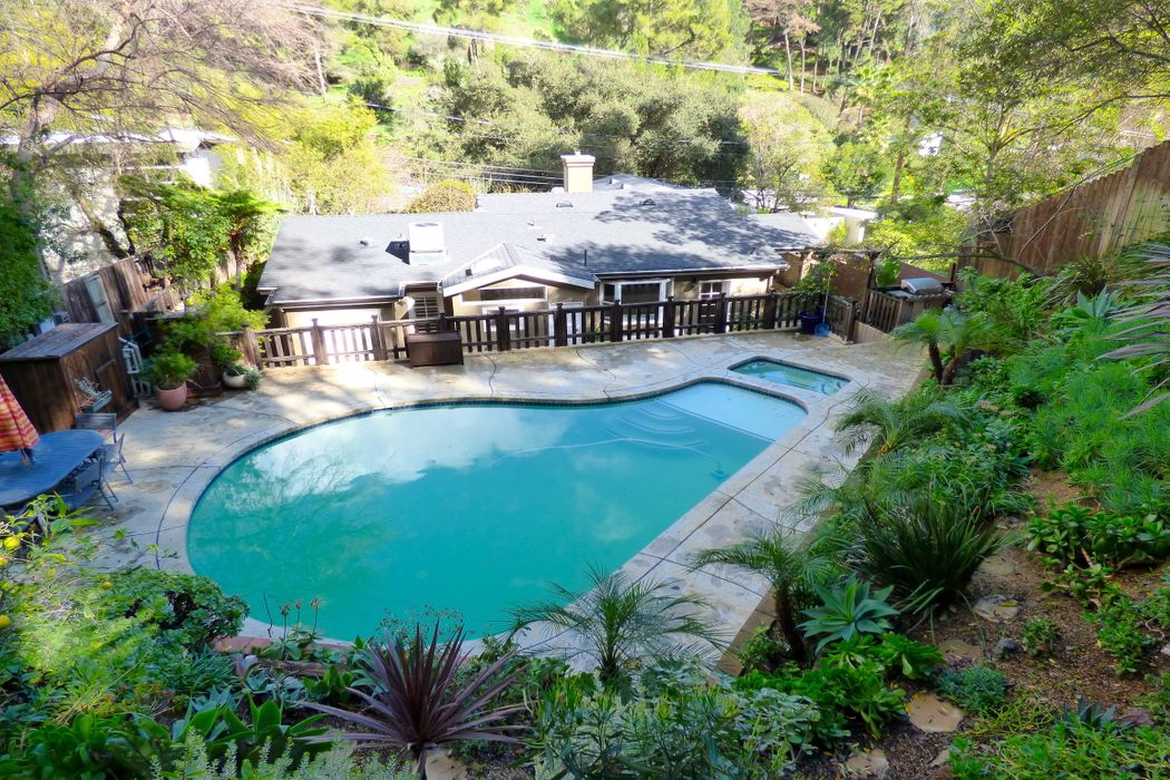 Laurel Canyon Poolside Retreat For Rent Los Angeles Ca