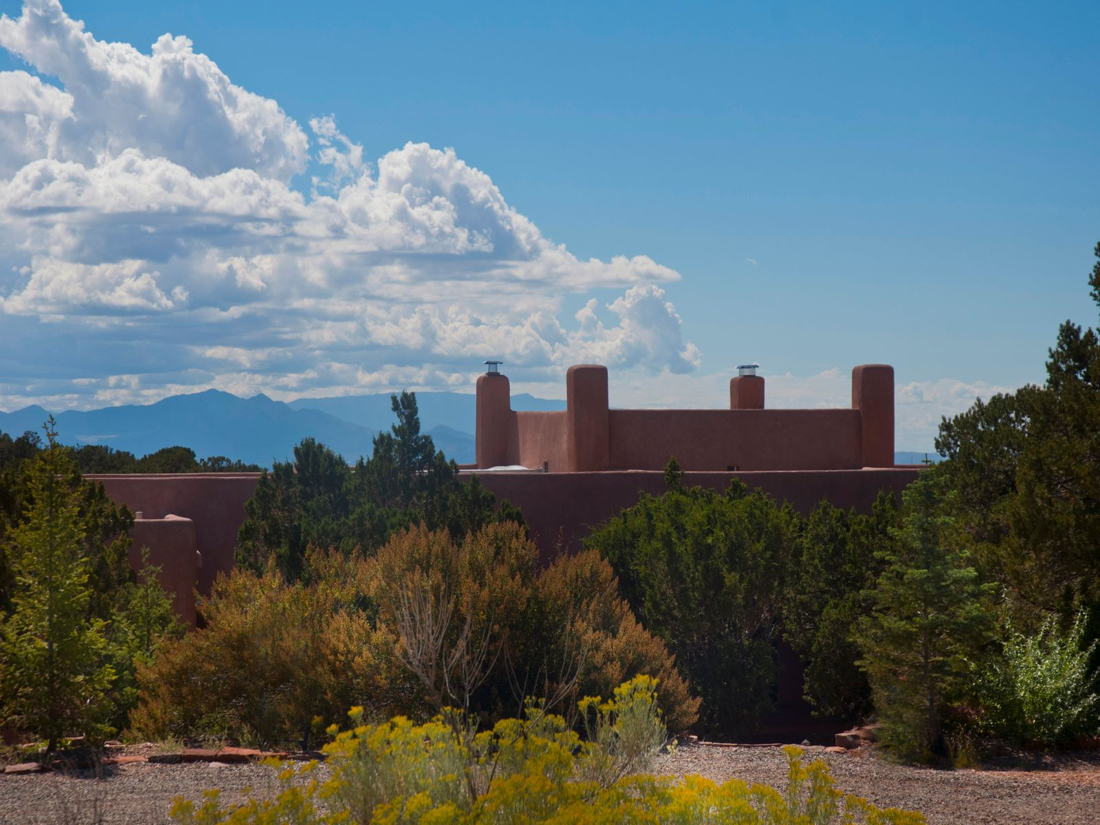 22 Immanuel, Santa Fe NM Single Family Home - Santa Fe Real Estate