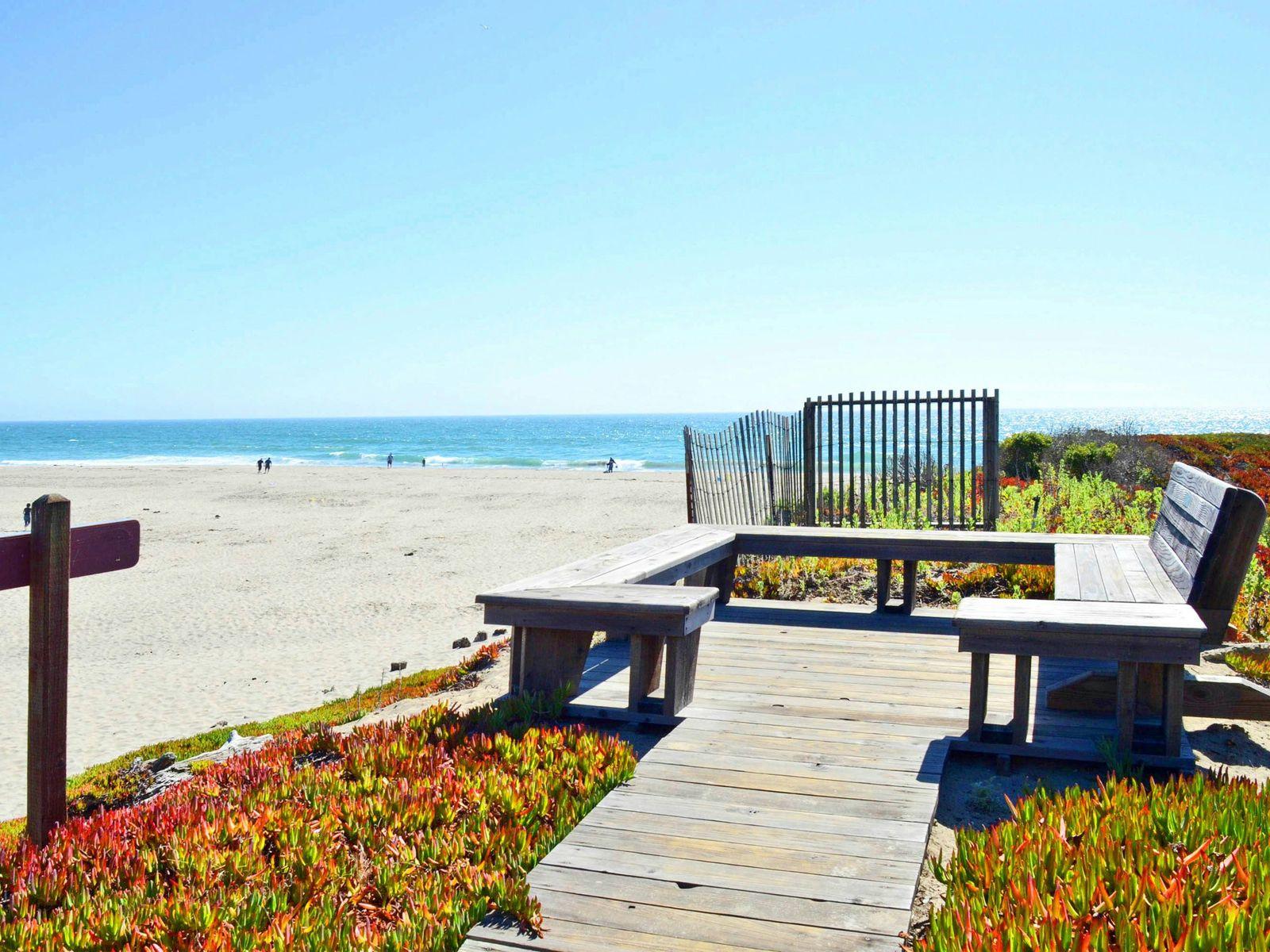 Beachfront with Whitewater Views