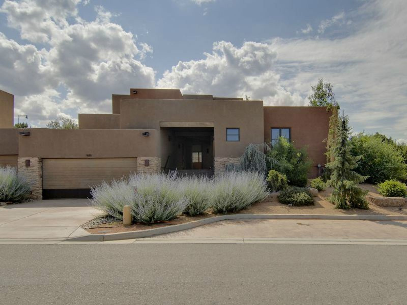 1619 Villa Strada, Santa Fe NM Townhouse - Santa Fe Real Estate
