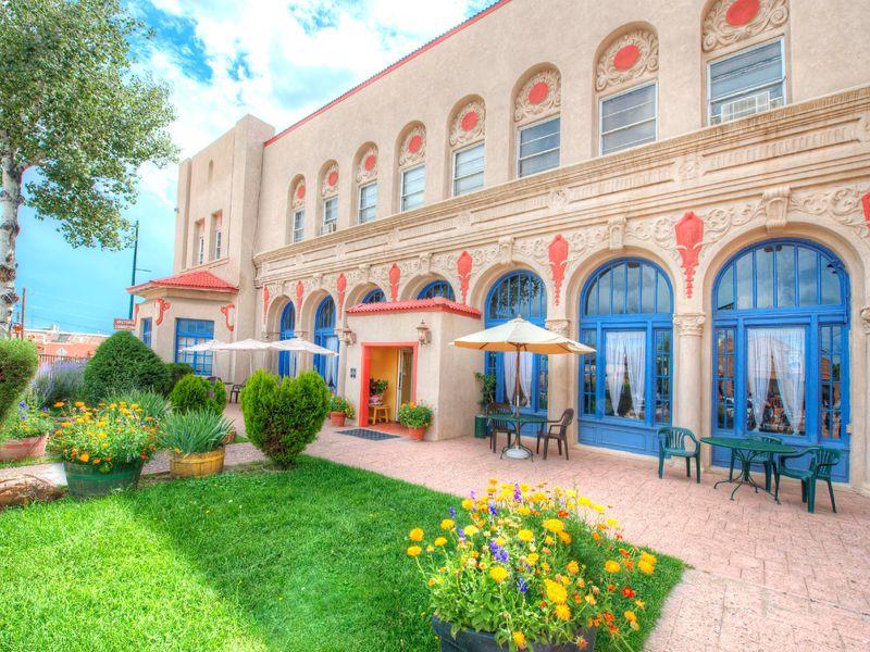 500 Douglas/El Fidel Hotel