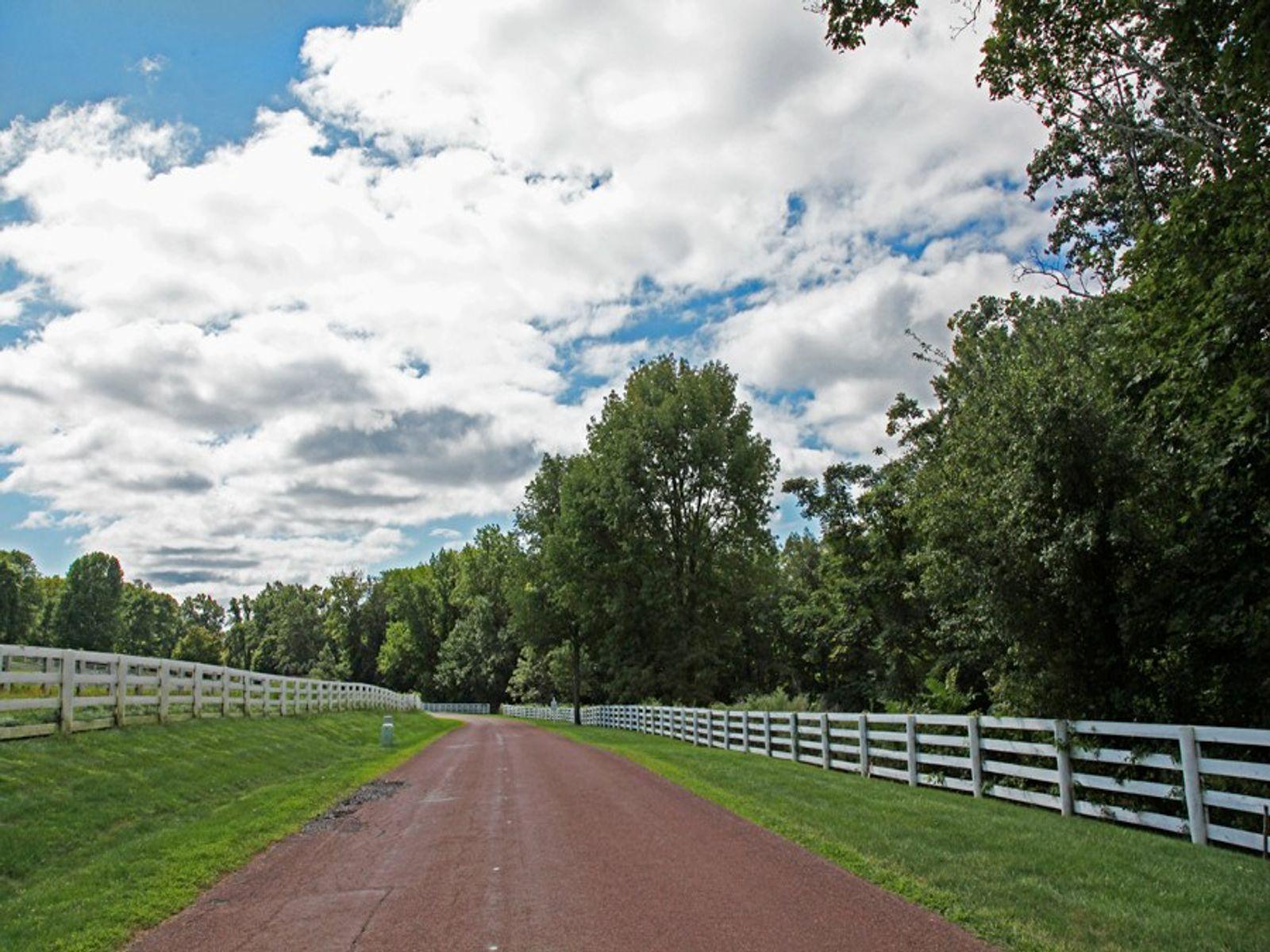 Private Conyers Farm